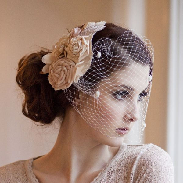 Vintage Wedding Hairstyles With Birdcage Veil: Birdcage Veil: How To Wear With Style
