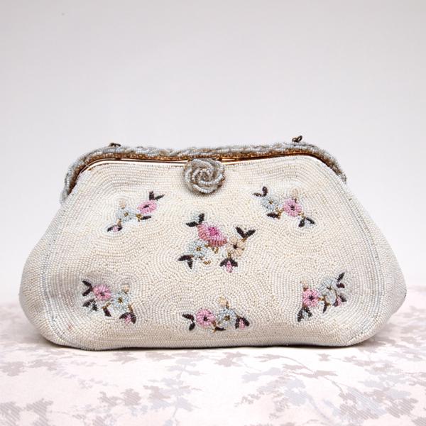 SOLD - 1940u0026#39;s Beaded Vintage Bridal Clutch Bag No.109