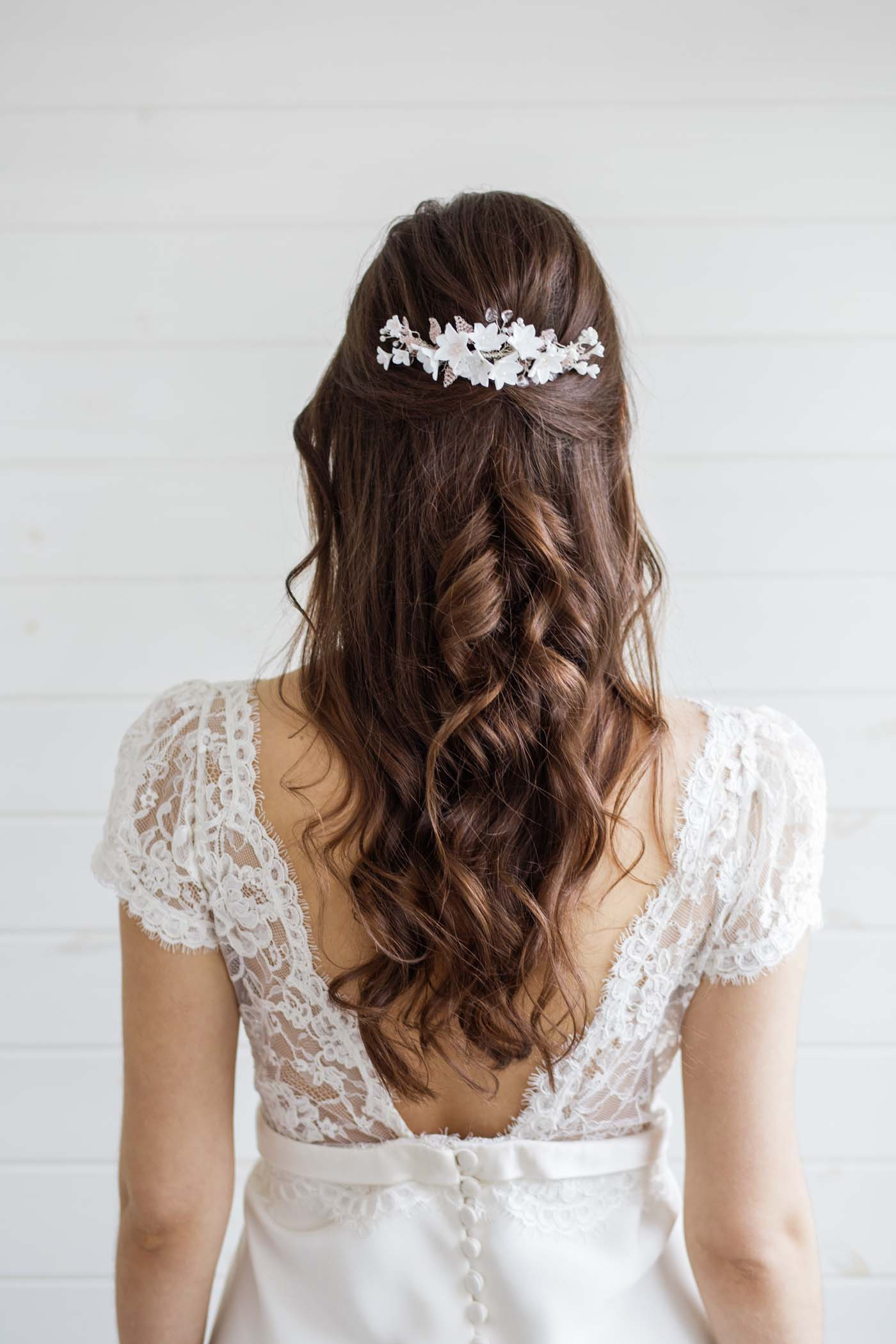 a8f5ad658395 Anemone Clay Flower Wedding Hair Comb - Victoria Millesime